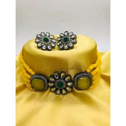 Shastta trendz Yellow Kundan Choker for Woman & Girls