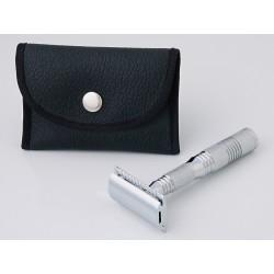 Pearl 4 pc. travel razor